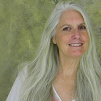 Christine Davis freelance copywriter specializing in marketing for real estate agents, architects, builders