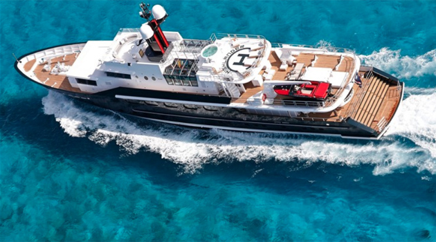 christine davis freelance writer writes profile on the yacht Highlander once owned by malcolm forbes